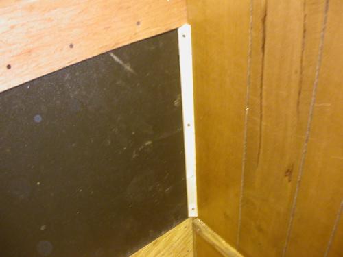 Corner Molding Holding Plastic In